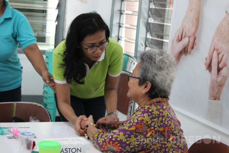 Peringati Hari Ibu, Ini yang Dilakukan Aston Cirebon Hotel