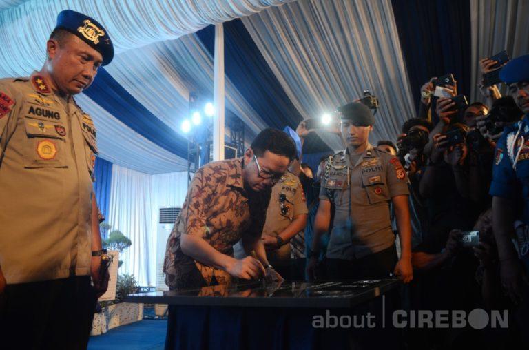 Cirebon Power dan Polairud Berikan Asuransi Gratis untuk Nelayan dan Taman Baca Ramah Anak