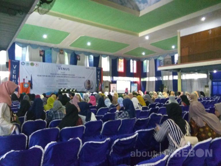 Stikes Cirebon Gelar Seminar Nasional