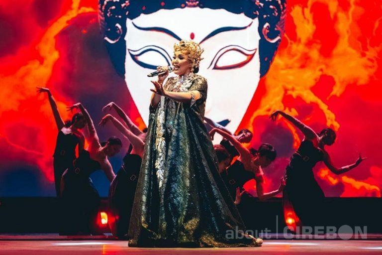 Desainer Asal Cirebon Dipercaya Rancang Busana Konser 1 Hati 1 Cinta Dewi Gita dan Armand
