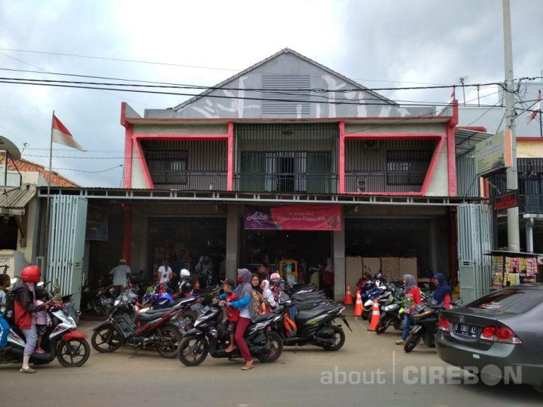 Inilah Toko Mainan Terbesar di Wilayah Timur Cirebon