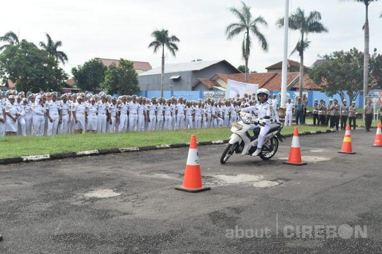 Polres Cirebon Gelorakan Millennial Road Safety Festival di AKMI Suaka Bahari