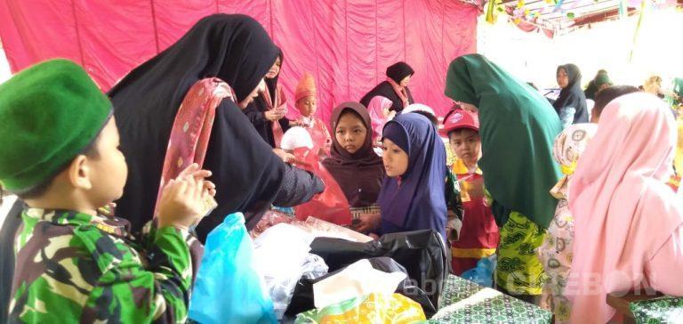 Kenalkan Tentang Jual Beli, Ini yang Dilakukan TK Al-Irsyad Cirebon
