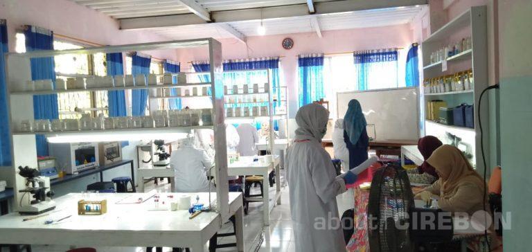 SMK Kesehatan Cendekia Kota Cirebon Melaksanakan UKK, Ini yang Diuji
