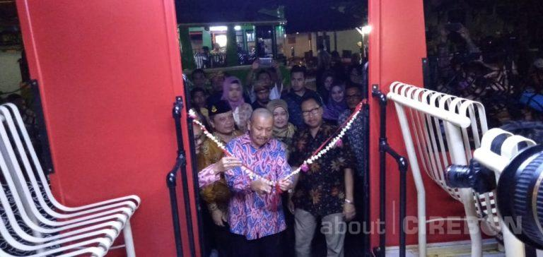 Bus Wisata Citros Resmi Diluncurkan di Kota Cirebon, Ini Rute dan Biayanya
