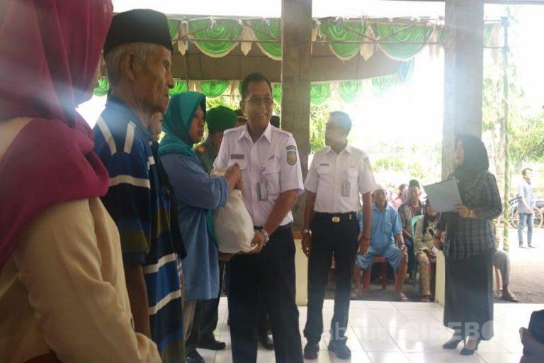 PT. KAI Daop 3 Cirebon Gelar Pasar Murah di Arjawinangun