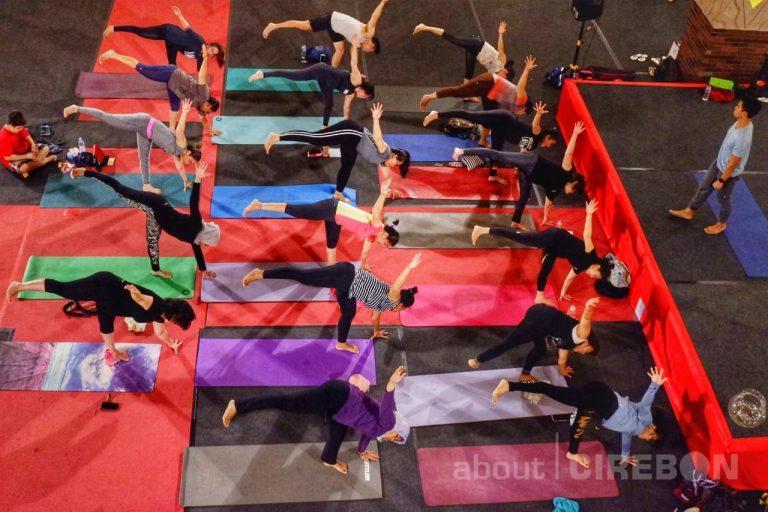 Begini Cara Komunitas Yoga Cirebon Charity untuk Menggalang Dana
