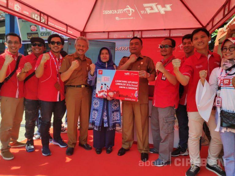 SMPN 6 Kota Cirebon Terapkan Absensi Digital Dengan LinkAja!