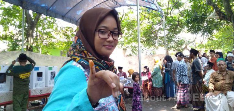Empat TPS di Kota Cirebon Ganti Tinta Pemilu dengan Tinta Kunyit