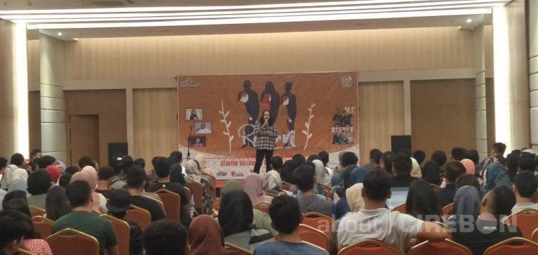 Reborn Tour KomTung TV Sapa Pengemar Stand Up Comedy di Cirebon