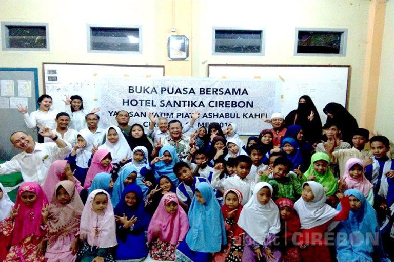 Hotel Santika Cirebon Gelar Berbuka Bersama dengan Yatim Piatu dan Dhuafa