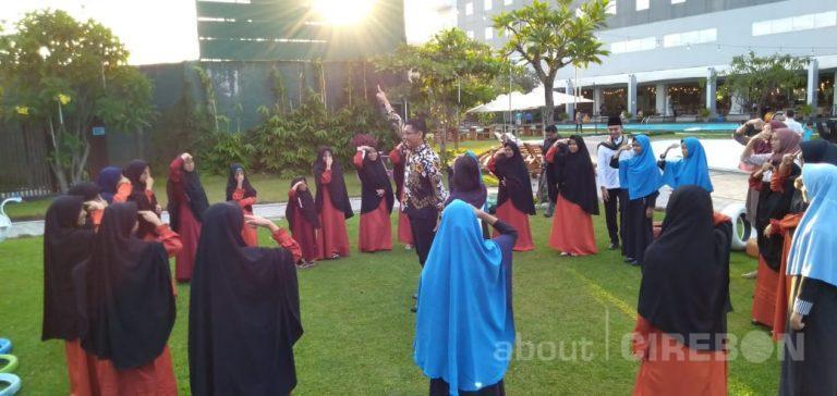 Aston Cirebon Hotel Ajak Anak-anak Panti Asuhan Nikmati Fasilitas Hotel dan Buka Bersama