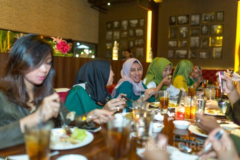 Osmosis Dining Aston Cirebon Hadirkan Paket Buka Puasa, Ini Loh Menunya