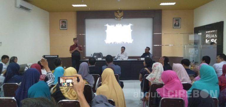 Gelar Pertemuan dengan IKM di Cirebon, Ajik Krisna Pilih 15 Produk Masuk ke Krisna Bali