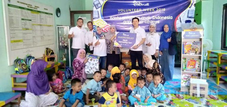 Peringati Hari Anak Nasional, CSB Mall Serahkan Bantuan Mini Library kepada TK dan PAUD