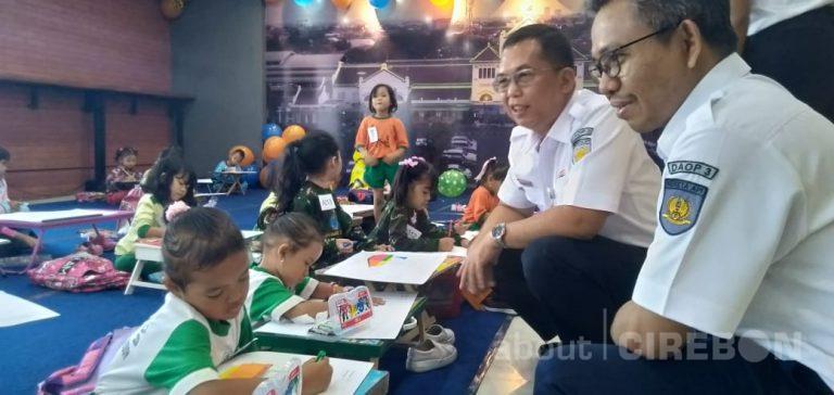 Peringati Hari Anak Nasional, Daop 3 Cirebon Gelar Lomba dan Edukasi Kereta Api