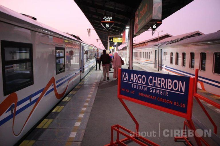 Hari Jadi Cirebon ke-650, Daop 3 Cirebon Berikan Diskon 10 Persen Untuk Pengguna KA Argo Cheribon, Ini Syaratnya