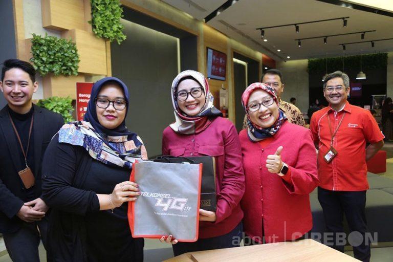 Hari Pelanggan Nasional, Telkomsel Hadirkan Program Menarik Untuk Pelanggan
