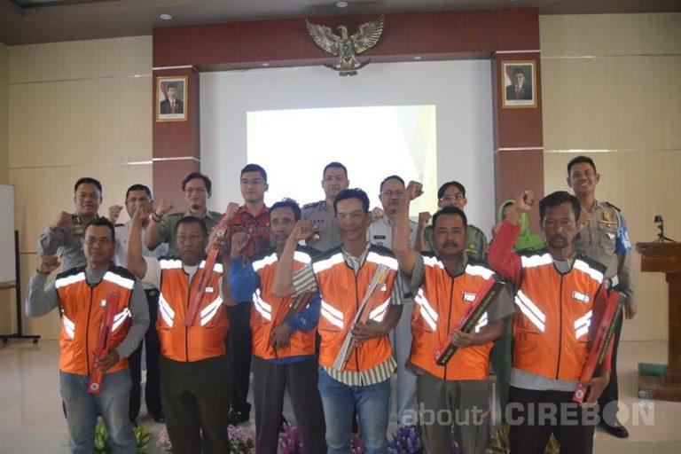 Satlantas Polres Cirebon Berikan Edukasi PPGD Kepada Juru Parkir Se-Kabupaten Cirebon