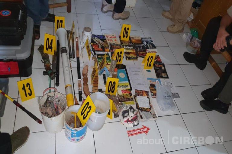 Densus 88 Temukan Bahan Untuk Bom Racun Kimia di Cirebon