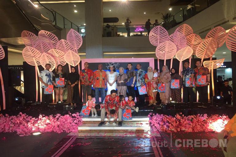 EB Batik Tradisional Kenalkan Koleksi Terbaru di CSB Fashion Week 2019