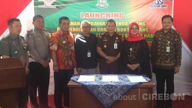 Kejari Kota Cirebon Luncurkan Layanan Pembayaran dan Pengiriman Barang Bukti Tilang di Kantor Pos