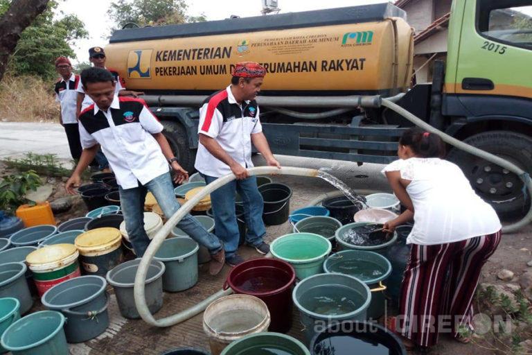 Warga Argasunya Kembali Dibantu Air Bersih Jelang Acara Muludan