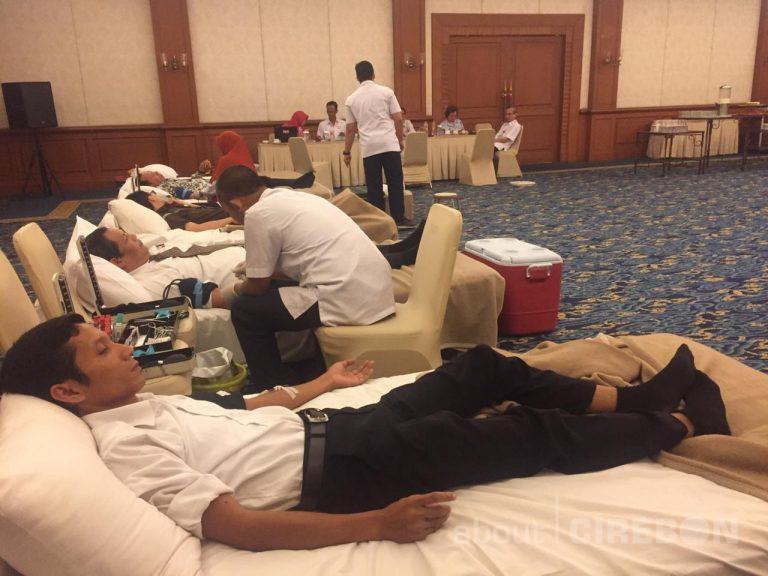 HUT ke-26 Hotel Santika Cirebon Gelar Donor Darah