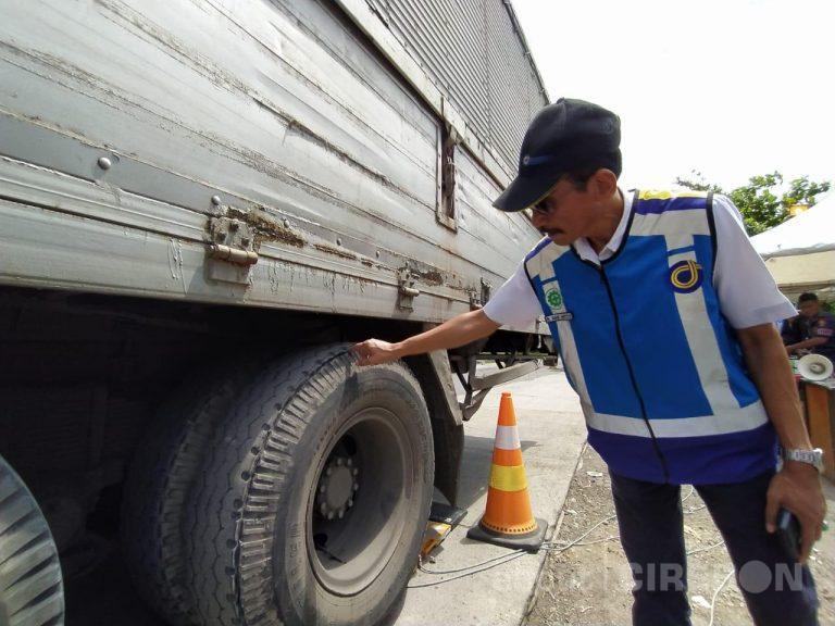 Puluhan Kendaraan Terjaring 'Operasi Odol' di Tol Palimanan-Kanci
