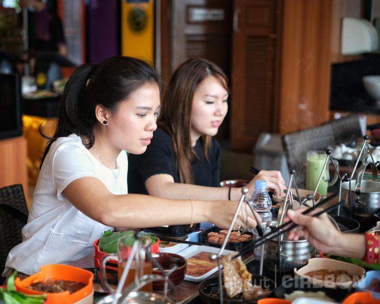 Lebih Dekat Dengan Pelanggan, Raa Cha Suki & BBQ Kini Hadir di Grage Mall Cirebon