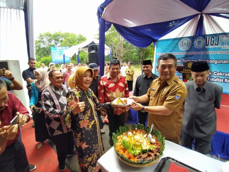 Wali Kota Cirebon: Hadirnya Klinik dan Apotek Cakrabuana, Serta Laboratorium FK UGJ Berkah Bagi Masyarakat Kota Cirebon