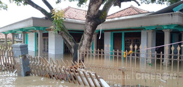 Hujan Dengan Intensitas Tinggi, Sejumlah Wilayah di Kabupaten Cirebon Terendam