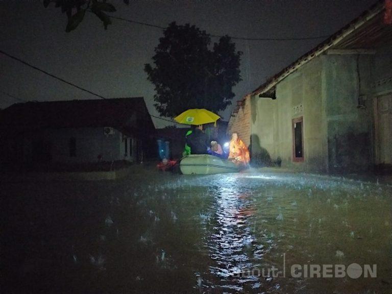 Curah Hujan Tinggi, Banjir Kembali Melanda di Kelurahan Kalijaga