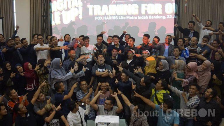 JNE dan Billionaire Coach Gelar Program Training for Owner di Lima Kota