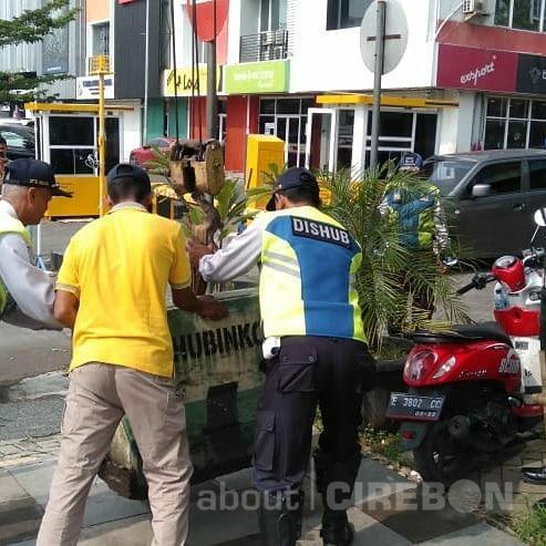 Dishub Kota Cirebon Terus Lakukan Penertiban Parkir Liar di Enam Ruas KTL