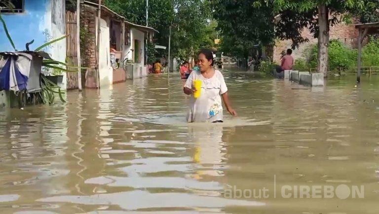 Akibat Luapan Sungai Ciberes, Tiga Desa di Kecamatan Waled Terendam