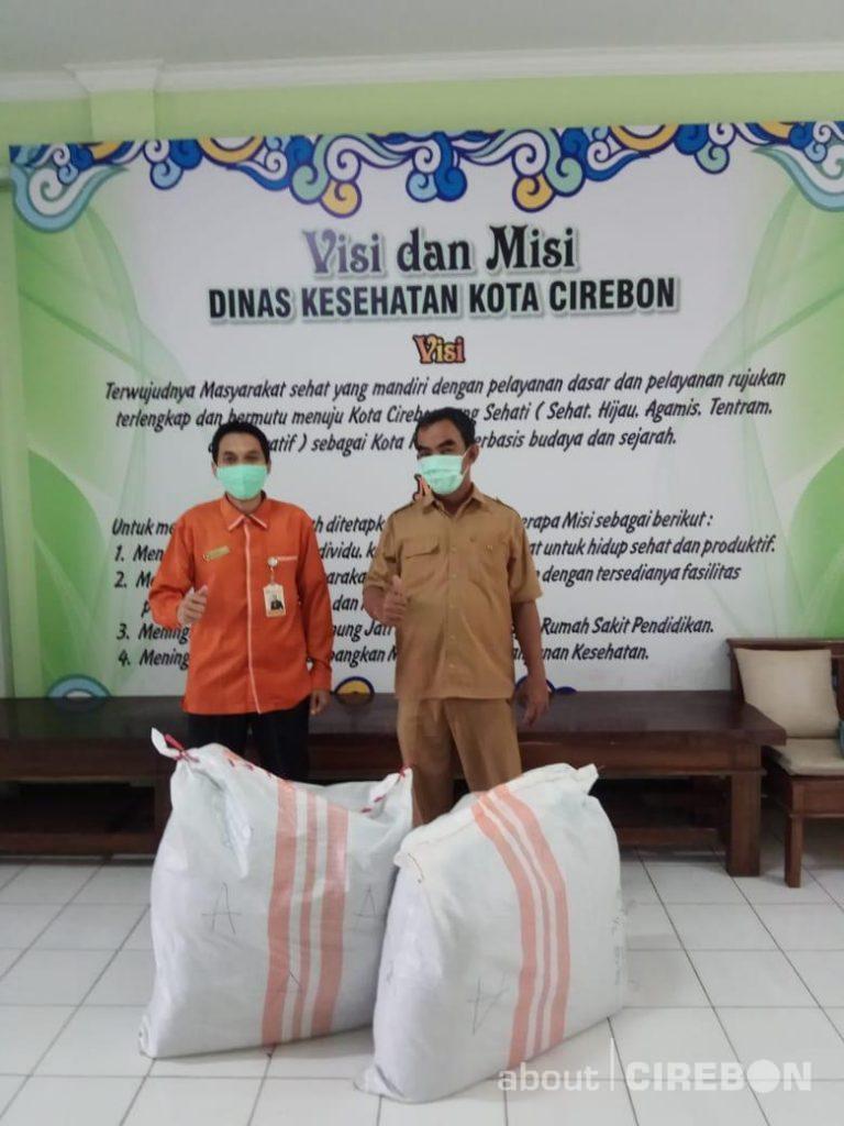 RSIA Cahaya Bunda Kembali Donasikan APD Untuk Puskesmas di Kota dan Kabupaten Cirebon