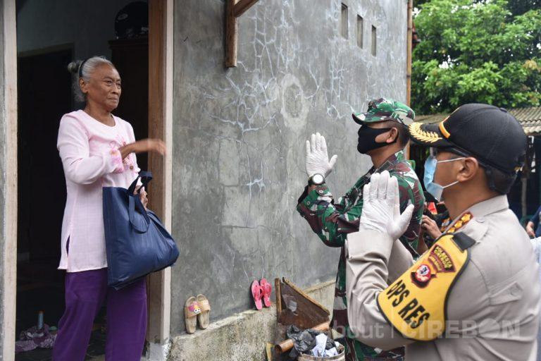 Polresta Cirebon Kembali Salurkan Ratusan Paket Sembako Untuk Warga