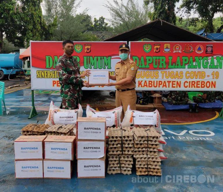 Bappenda Kabupaten Cirebon Serahkan Bantuan Sembako untuk Dapur Umum