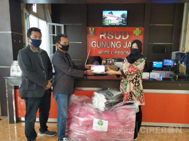 HIMKI Cirebon Raya Salurkan Bantuan APD ke Rumah Sakit dan Puskesmas