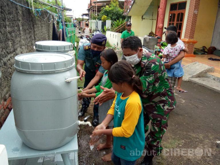Cegah Covid-19, Pos TNI AL Gebang Lanal Cirebon Edukasi Perilaku Hidup Sehat
