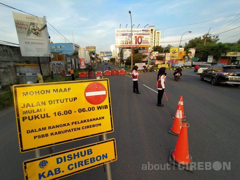 Akses Jalan Utama Masuk Kota Cirebon Ditutup Sementara Mulai Hari Kedua PSBB
