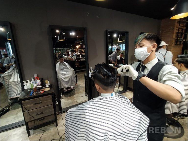 Redbox Barbershop Tetap Mengikuti Anjuran Pemerintah Terkait Covid-19
