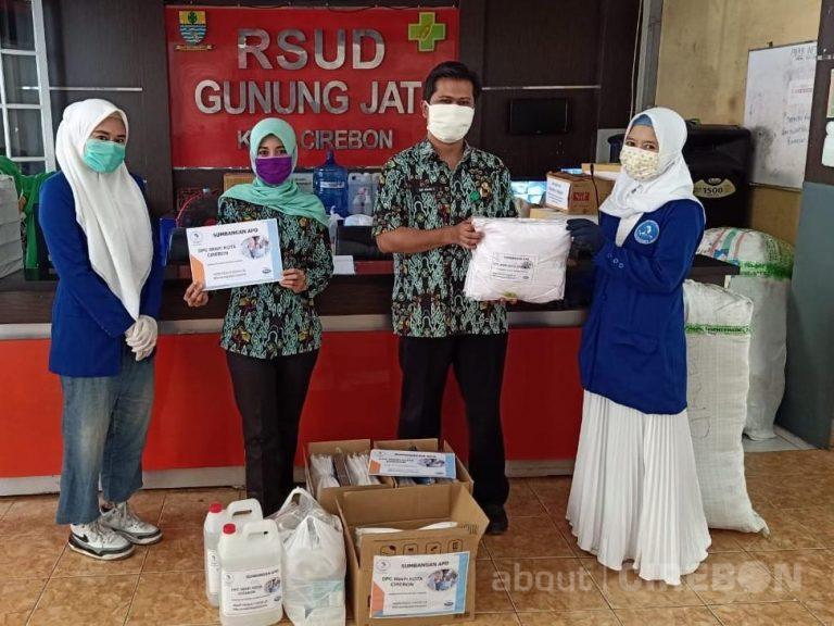Iwapi Kota Cirebon Bantu APD untuk Rumah Sakit dan Puskesmas