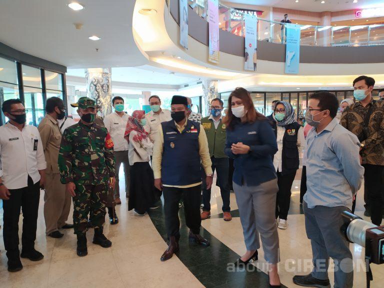 Kunjungi Grage Mall, Wagub Jabar Minta Pengelola Mall Sediakan Sarung Tangan