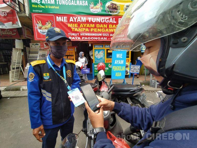 Pembayaran Parkir Non Tunai di Jalan Pagongan Kota Cirebon Lebih Praktis