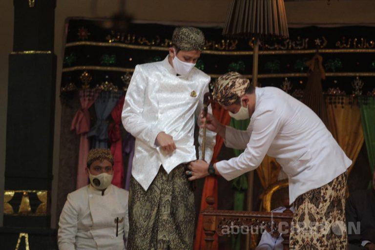PRA Luqman Zulkaedin Resmi Menjadi Sultan Sepuh XV Keraton Kasepuhan