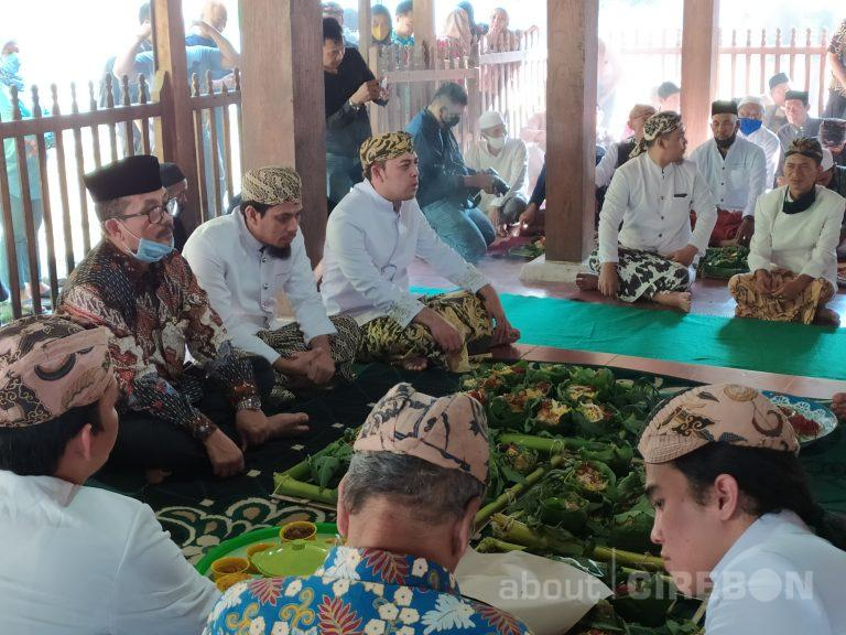 Keraton Kanoman Cirebon Gelar Prosesi Ritual Bubur Sura