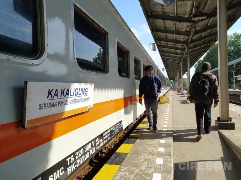 Walaupun PSBB di DKI Jakarta, Perjalanan Kereta Api Jarak Jauh Tetap Beroperasi