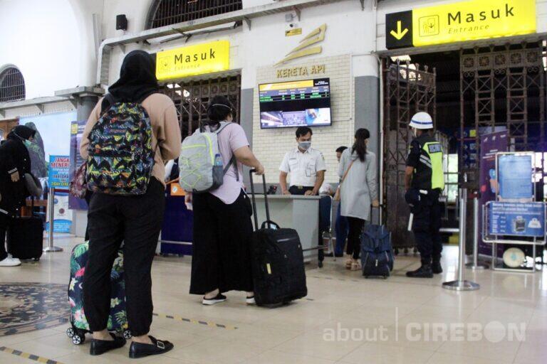 Libur Panjang Maulid Nabi, Penjualan Tiket KA di Daop 3 Cirebon Meningkat 50 Persen